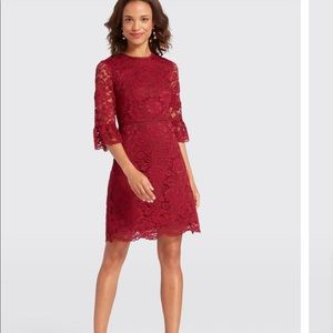 NWT Draper James Lace Bell Sleeve Dress Berry